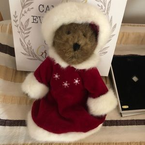 Boyds Anastasia Bearskoff Exclusive 2001 Christmas